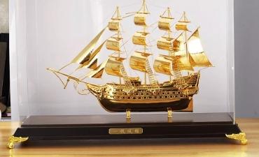 Mô hình thuyền buồm 24k - Quà tặng lãnh đạo cấp cao.