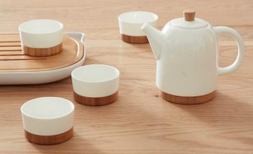 Bộ ấm trà tre sứ - Quà tặng phổ biến doanh nghiệp